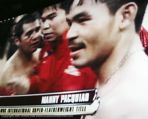 Manny Pacquiao Defeats Barrera