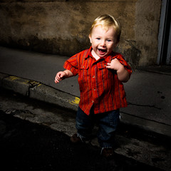 stepping (3pom) Tags: boy portrait male kids pom flash come enfant 10faves mazoyer 3pom aplusphoto niosydetalles