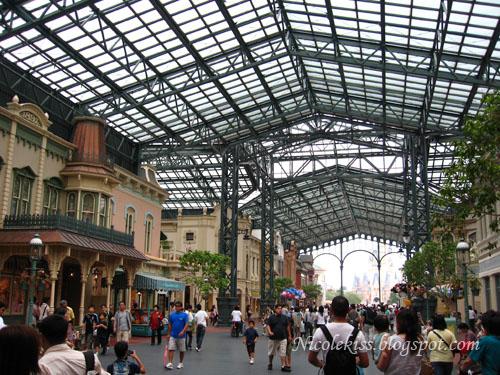 Shops in Tokyo Disneyland
