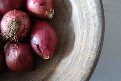 Red onions (little-stories) Tags: red stilllife food texture bowl onions stilllifephotography