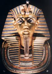 Tutankhamun's Death Mask (~gio~) Tags: museum catchycolors death gold mask tomb egypt cairo egyptian burial mummy tut masque tutankhamun egyptianmuseum