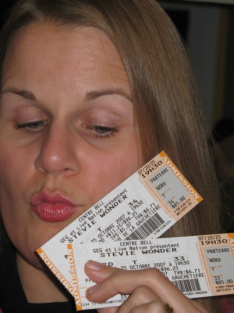 20071026 Stevie Wonder Tix-2