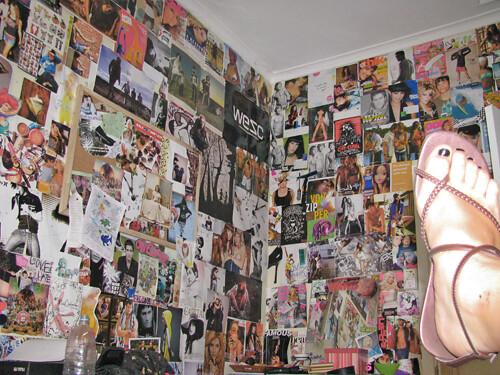 girl fashion collage wall magazine shoe crazy punk chaos room grunge teen