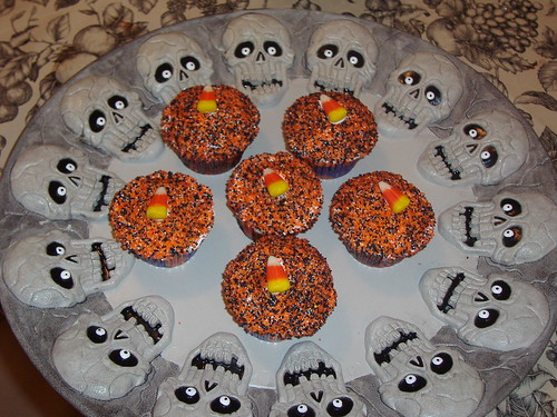 Halloween Themed Chocolate Cupcakes (Candy Corn and Coloured Sugar) by Nahren.