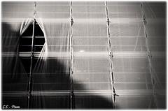 The eye (Giulio Speranza) Tags: shadow rome roma eye texture blackwhite triangle impalcatura scaffolding ombra occhio bianconero triangolo