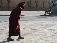 Realm of Fes (salahudin's paragnomen) Tags: street city stranger morocco human hunt fes