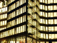 Bruxelles - Belgique (javi.muniain) Tags: windows brussels building arquitetura architecture modern night noche arquitectura pattern belgium belgique edificio bruxelles belga ventanas noite bruselas prdio bruxelas moderno offices janelas contemporaneo oficinas blgica contemporneo contemporneo contemporany patrn escritrios padrao