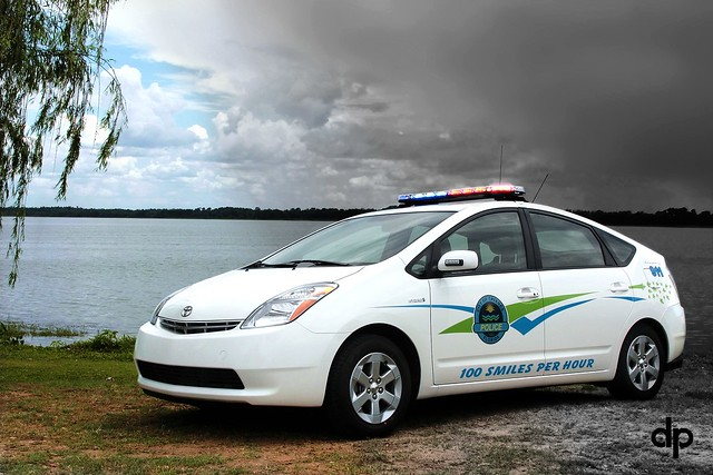 lake green car justice cops police led prius cop future policecar toyota hybrid cruiser lawenforcement whelen lightbar efficient colorisolated emergencylighting markedunit wwwtheobsessivephotographercom theobsessivephotographer