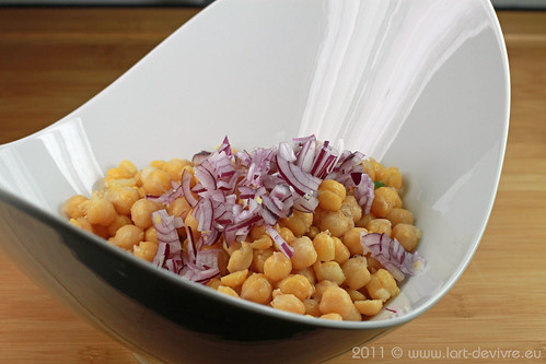Marokkanischer Kichererbsensalat mit Salzzitronen