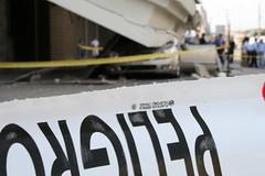 Peligro! el Radisson se cae a pedazos! (Víctor Cuevas) Tags: chile earthquake radisson peligro antofagasta ironía terremoto sismo víctorcuevas mejorfotogrupoantofagasta2007
