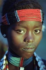 Hamar (ronniedankelman) Tags: africa travel portrait girl face canon afrika ethiopia tribe portret meisje hamar stam hamer afrique reizen omo rdp ethiopie turmi ኢትዮጵያʾītyōṗṗyā imaginativenl