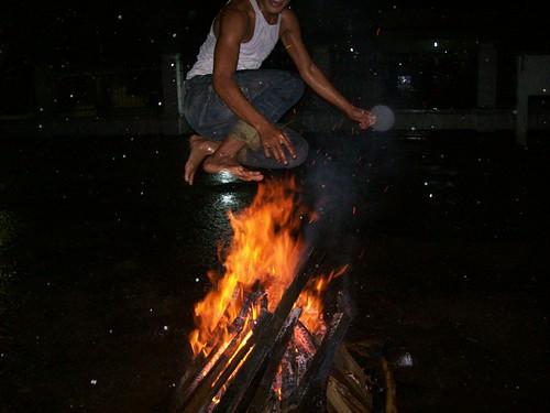 Menantang Api