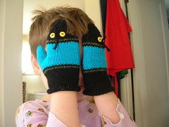 Buggy Mittens