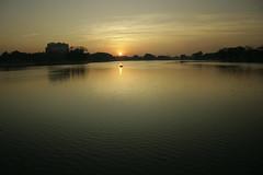 Sunrise Ulsoor Lake 12 (Swami Stream) Tags: morning sun india lake water sunrise canon landscape rebel bangalore karnataka swami swaminathan ulsoor ulsoorlake xti swamistream swamistreamcom