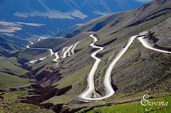 La serpentina de la cuesta del Lipán - Jujuy (mujer_maravilla) Tags: road mountains argentina del nikon montana zigzag rute norte noa jujuy cuesta lipan noroeste argentinien d40 nikond40