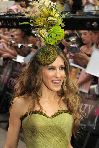 SJP and that thing on her head
