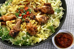Phoenix Wing Rice Vermicelli (CharlieBrown8989) Tags: people food mushroom closeup canon ginger yahoo interestingness flickr chili zoom herbs salt picasa best onions explore spices carrot garlic eggs tele soysauce noodle oliveoil beansprouts tamron charliebrown8989 broth corel chickenwings blackpepper lettus springonion charliebrown8989sgourmet paintshopproxi eicevermicelli oystersoy