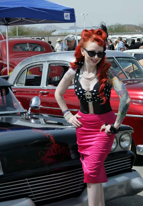 Carshow pinup 105