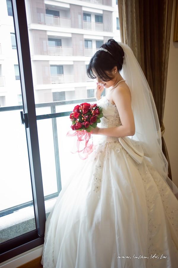 wed110326_0546