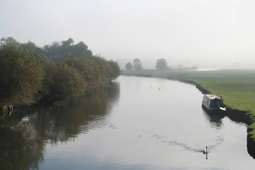 Early morning at Lechlade_010