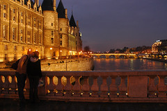 Love in Paris (Rafal Bergman) Tags: bridge boy woman man paris love girl night kiss couple mywinners
