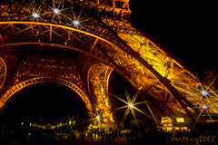 gotta have some bling! (DocTony Photography) Tags: light vacation paris france tower monument night landscape star interestingness bravo tour view nightscape nightshot eiffel explore filter lightshow soe smack tourdeeiffel magicdonkey interestingness45 outstandingshots artlibre doctony