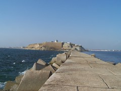 View of QASIM Fort from breakwater! (Bilal /\/\iRza بلال ميرزا) Tags: karachi view qasim fort from breakwater bilal mirza بلال مرزا bilalmirza بلالمرزا 比拉尔米尔扎बिलालमिर्जा билалмирза билал बिलाल ميرزا 米比勒