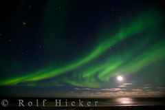 Northern Lights and moon in Churchill Hudson Bay Manitoba Canada (Rolf Hicker Photography) Tags: world travel winter light moon canada cold nature beautiful stars photography lights photos scenic manitoba arctic churchill northernlights auroraborealis hudsonbay naturephotography travelphotography beautifulworld rolfhicker canadapictures top20aurora canadaphotography honeymooncanada picturesofcanada hickerphotocom