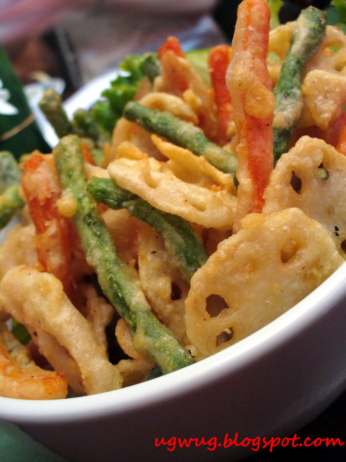 Pak Choop Pang Tod (Thai style vegetable tempura)