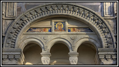 4 arches - 3 small ones and 1 big one (HDR) (xollob58) Tags: germany deutschland raw hessen maria mosaic eingang mary entrance arches darmstadt hdr hesse motherofgod mathildenhhe mosaik photoshopelements russianchapel muttergottes bgen photomatixpro russischekapelle flickrgolfclub