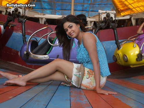 Meera Chopra wallpaper