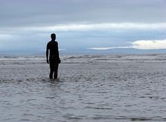 Canute (Mr Grimesdale) Tags: beach sony gormley crosby antonygormley merseyside anotherplace gapc mrgrimsdale capitalofculture2008 dsch2 gormleystatue