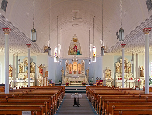 Saint Joseph Roman Catholic Church, in Bonne Terre, Missouri, USA - nave