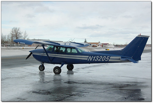 Cessna 172 N13205