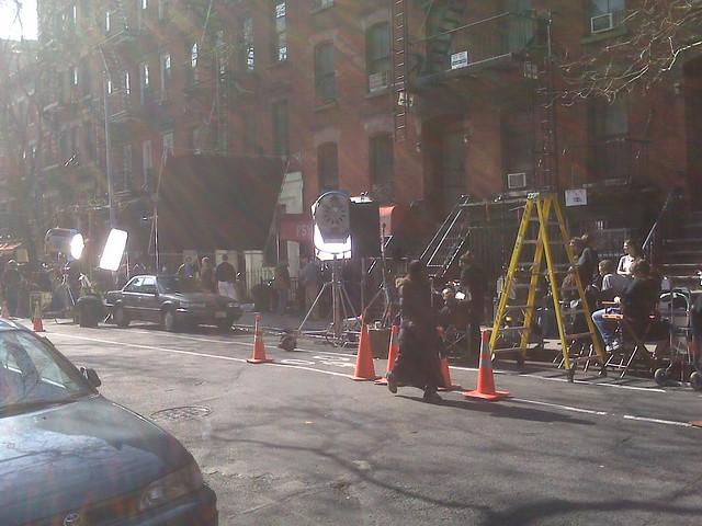 Geena Davis movie on e.9th st by shullovox