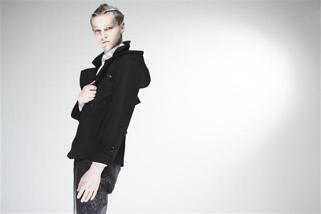Oliver Welton0085_XAMPAGNE FW11(Fashionsnap)
