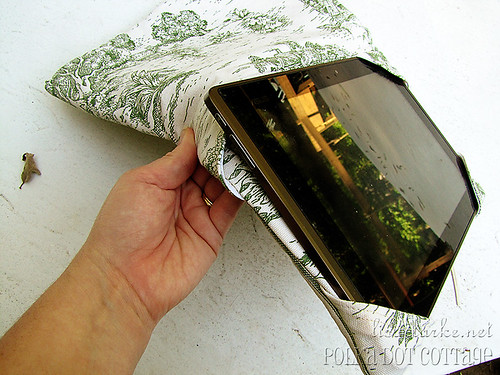 Taking the tablet out of the cover