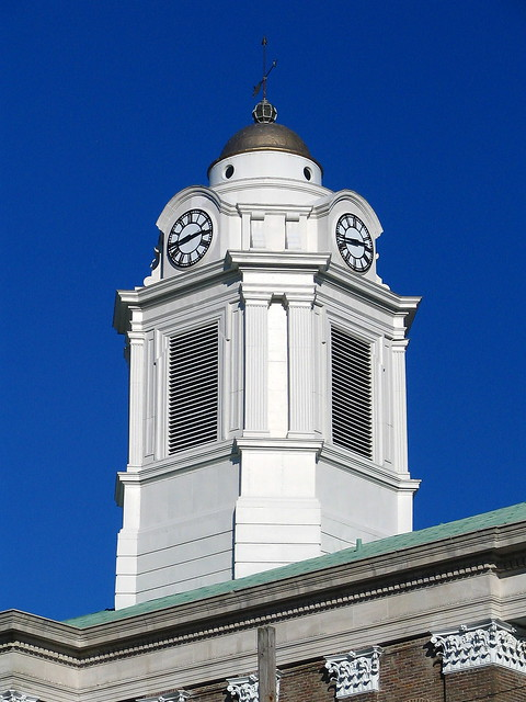 Bedford Co. Courthouse #4 daytime cupola tower closeup