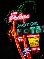 Palms (Vintage Roadside) Tags: sign oregon portland monkey neon lodging motel hottub signage roadside hbo highway99 freetv interstateave palmsmotel vintageroadside
