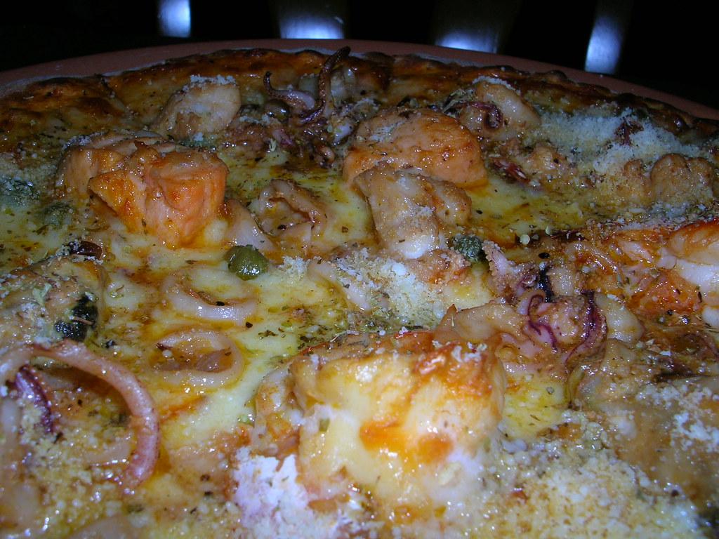 Pizza marinara @ Mario's