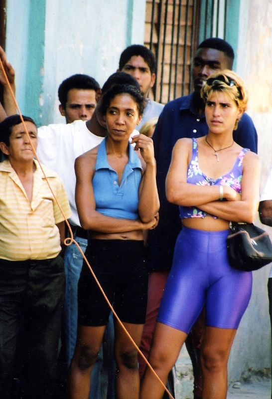 Cuba: fotos del acontecer diario 2280990779_9f7ff99b25_o