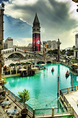 The Venetian (Wolfgang Staudt) Tags: las vegas light madame tussaud usa lake gambling southwest museum night hotel louis canal grande waterfall dc nikon boulevard desert d70 nevada cartier grand casino peoples poker strip mojave venetian guggenheim roulette choice graff baccarat bingo chanel palazzo reflexions venedig vuitton dior wolfgang rialto available canale gondel the  keno hsm  flickrcolour staudt 61020 ysplix