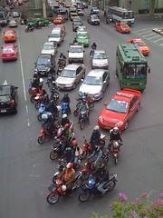 Aujourd'hui comme tous les jours: embouteillages ! (famille antic) Tags: bangkok antic thailande embouteillage