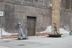 Grandi ancore all'ingresso dell'Arsenale della Real Marina  - Museo del mare (costagar51) Tags: palermo sicilia sicily italia italy arte storia mare anticando bellitalia