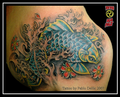 tatuajes orientales flores. Tatuagem Oriental -Carpa com flores, Koi Tattoo by Pablo Dellic