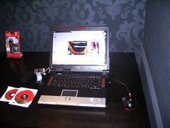 Gears of War instalándose en un portátil ASUS