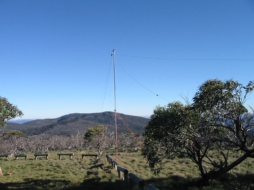 """80/40m dipoles at 20ft above ground, 5782 ft above sea level • <a style=""""font-size:0.8em;"""" href=""""http://www.flickr.com/photos/10945956@N02/2079742019/"""" target=""""_blank"""">View on Flickr</a>"""