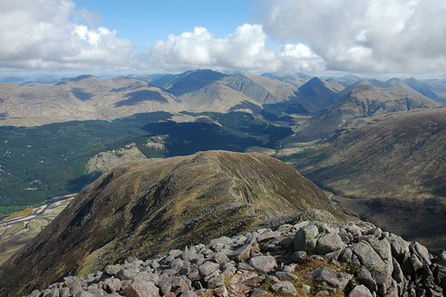 Back down the ridge along Glen Etive and north to Glencoe