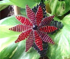A Flower for the Holidays, brooch (To:Melimania) Tags: christmas red flower navidad beads rojo holidays pin broche handmade poinsettia brooch flor fiestas accessories abalorios accesorio beadwoven tomelimania