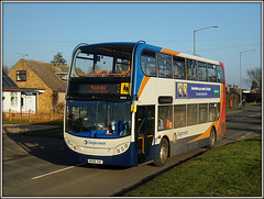 19004, Hillmorton (Jason 87030) Tags: crap junk enviro e400 19004 3 3a rugby warks warwickshire doubledecker newbold mx06xac